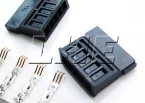Electrical Pa66 15 Pin Sata connector